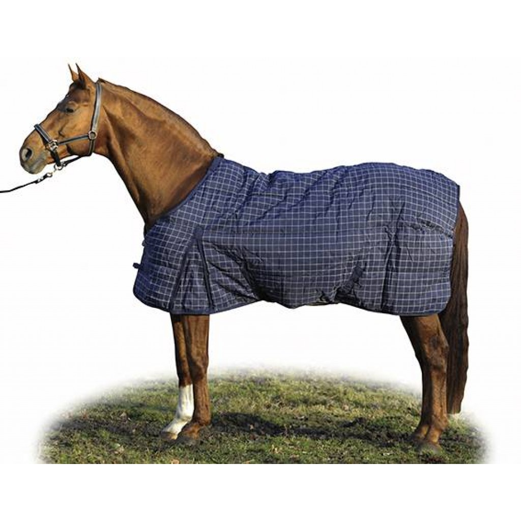 Quilted stable rug